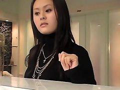 Vynikající Japonská ženská v sexy masáž voyeur akce