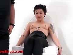 Asijských otrok Mei Maras lékařské fetiš a play piercing bdsm