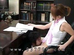 男licksの滑りの女性ボスの浄化法