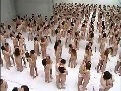 Gigantic Group Hump Orgy