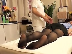 Cutie with hairy vagina visits her physician and gets fingered