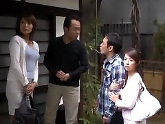 エキゾチックなフェラ、アマチュアJAV映画で狂気の日本のひよこ山本美和子、結城美沙