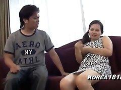 韓国左のqrコードを読み取醜女の子が聞、日本