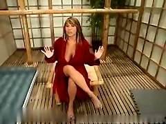 Ava and the penetrate machine