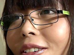 Asiatice fată școală adolescent vechi profesor sperma aruncata pe fata in gura ei