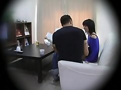 Subtitled Asian homestay gone wrong CFNM oral job