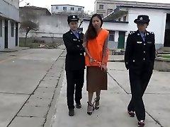 chinois de la adolescent fille à la prison part3