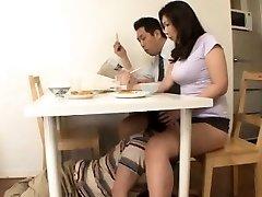 Japonais Étape Maman Sans Culotte