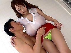 Gekke Japanse chick Hitomi Tanaka in de Beste JAV gecensureerd Badkamer, Grote Tieten film