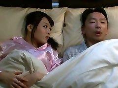 Mao Hamasaki in I Fucked My Brothers Ehefrau Teil 1