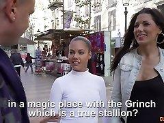 Génial reverse gangbang vidéo mettant en vedette Alexa Tomas