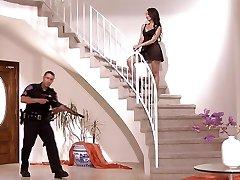Cop bekommt ein extra-shift