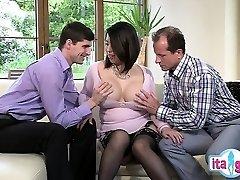 Sexy inexperienced deepthroat swallow