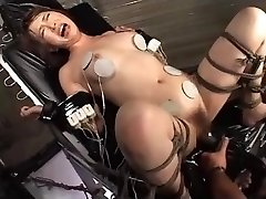 Chinese AV Porn Poking Machine Maturbation (DXMG-005) Sayaka Tsuzi