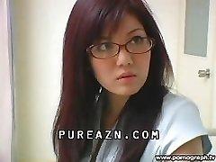Chinese Schoolgirl Sprays