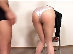 Officelady in sheer stocking