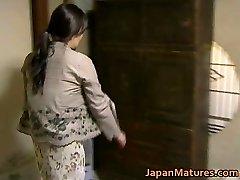 יפנית MILF יש סקס מטורף חינם jav