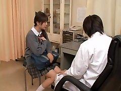 אמיתי הגינקולוגית סקס וידאו עם אסיאתית זונה נבדק על ידי הרופא הסוטה