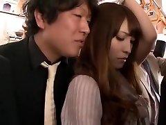מטורף בחורה יפנית Kokomi סאקורה ב החמים ממשש, הציבור JAV קליפ