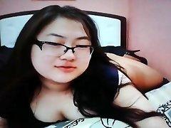 Ultra-cute chubby asian teen on cam