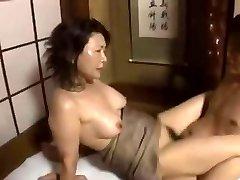Freak Japanese Mother2...