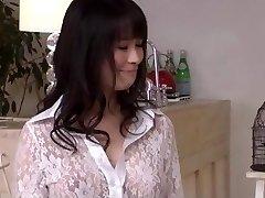 Kyouko Maki bauda gailis dziļi viņas svaigu incītis