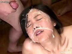 Japāņu pusaudžu Kotomi uncensored bukkake