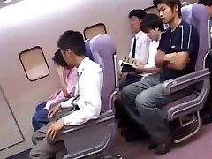 Japonés de la cabina de los asistentes de servicio