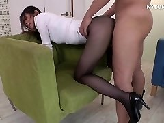 neighbour high-heeled shoes in pantyhose high heels