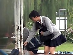 Chinese teen piss park