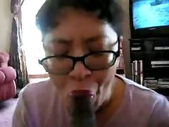 Chinese Milf suck black prick many times