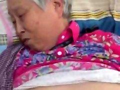 veldig hyggelig kinesisk bestemor å få knulle