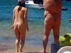 Azijske dekle na nudistična plaža Sydney, 2. del