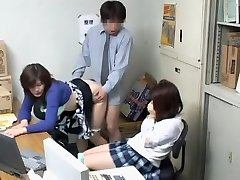 Voyeur video z poredna blowjob in japonski vrtanje