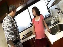 Horny preggo housewife gives oral job
