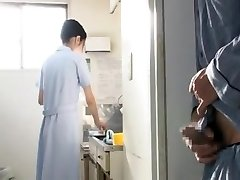 Nurse in Polyclinic cant fight back Patients 2of8 censored ctoan