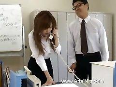 Azijske sekretar iz Tokia z bum mleka
