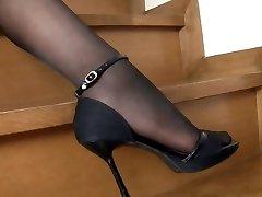 Japanese Lady Black Pantyhose