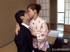 Yuri Matsushima torrid mature Chinese babe in kimono gets 69