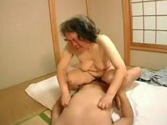 Japonski Grannies 60+
