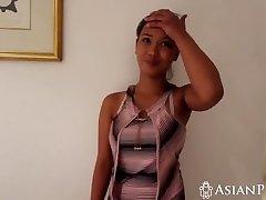 Házi szex videó busty Ázsiai lány