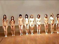 avmost.com Kaili Japāņu cāli izpaužas pounded grūti pēc bumbu spēle