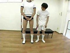 visoka ženska in kratke človek(cenzurirano)