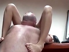 AsianSexPorno.Com - Chinese office lady romped on table