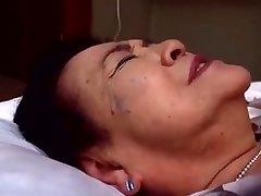 Japaneese grandmother, siep3 - humping