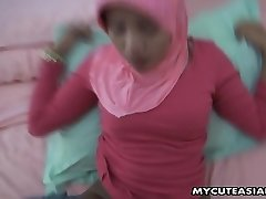 Asian cute teen penetrated in her denim