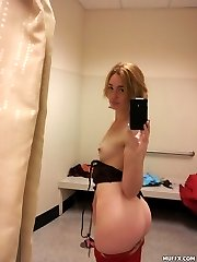 Amateur blonde girl use her camera to take pics of her nasty huge culo in front of mirror