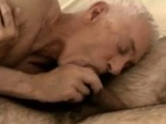 Hot hairy bear fucking a grandpa
