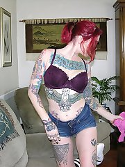 Nude Tattooed Metalhead Babe Models Nude And Spreads Punk Rock Ass