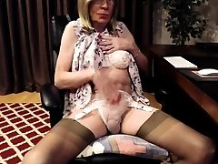 Transsexual In Stockings Kinky Solo